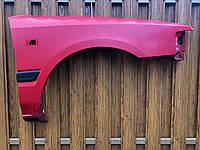 Крило переднє праве з накладкою молдингом Mazda 323 BG седан 1989 - 1994 гв., фото 1