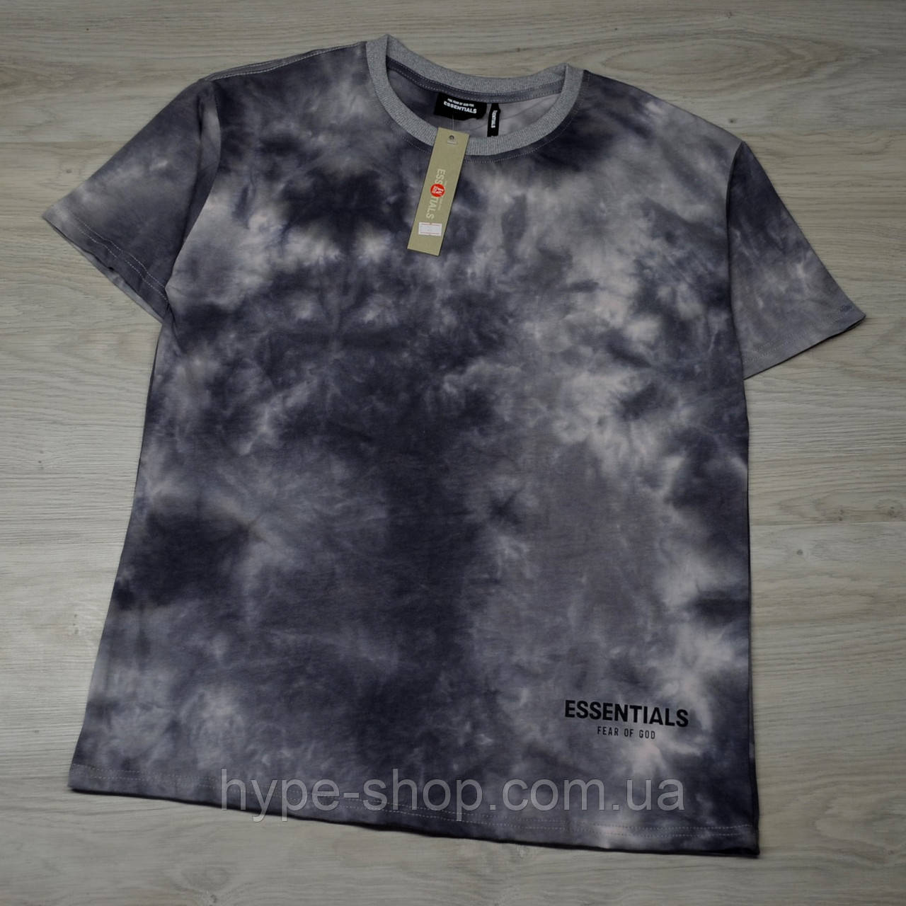 Мужская футболка ESSENTIALS Tie Dye light grey с качественным принтом