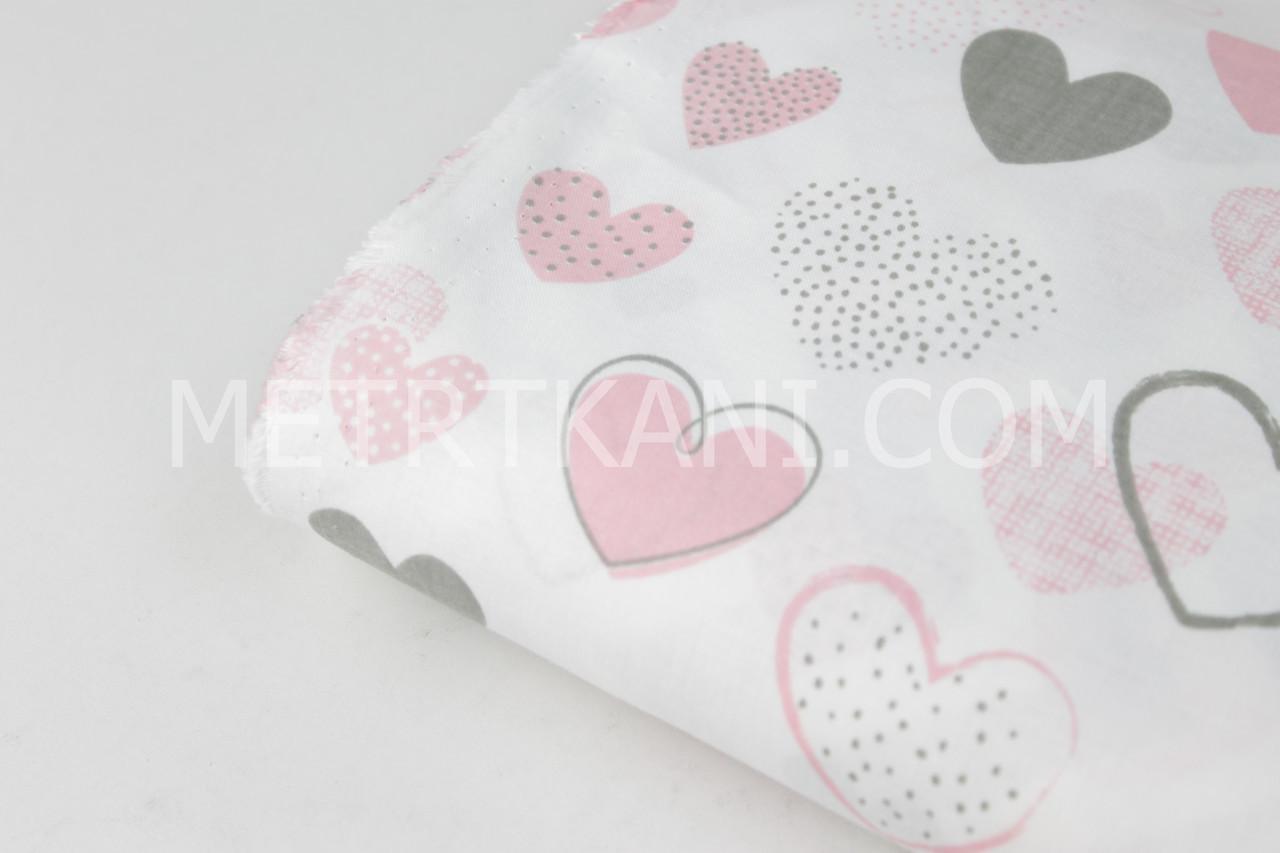 """Лоскуток. Ткань хлопковая """"Асорти"""" кораллово-розовые и серые сердечки  на  белом, 88*160 см"""