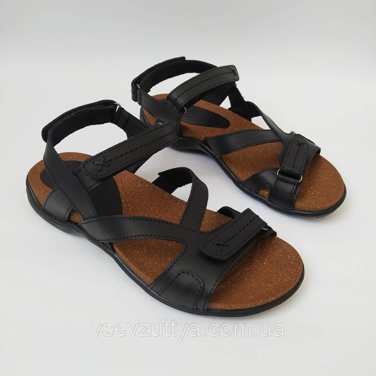Босоніжки, сандалі чоловічі шкіряні чорні