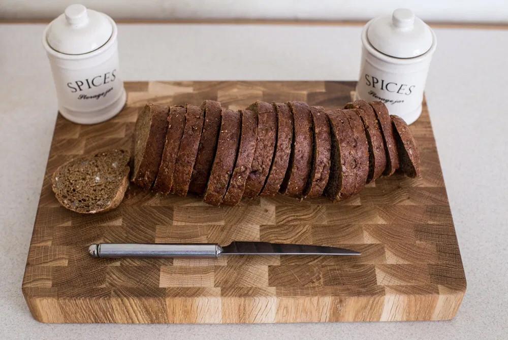 Торцева обробна дерев'яна дошка для кухні Пікнічок з дуба 40х30х4 см(Кухонна дошка для нарізання)