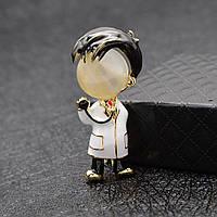 Медична брошка (брошка) на халат Чоловік лікар Подарунок докторові медсестрі медику фармацевта