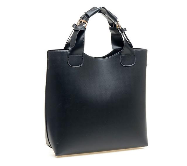 Женская сумка-шоппер черная вид сбоку.