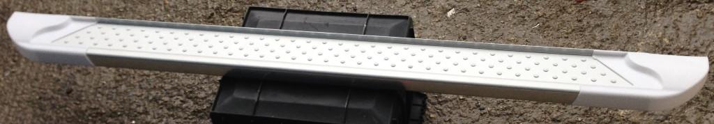 Боковые пороги Allmond White (2 шт., алюминий) для Hyundai Santa Fe 2 2006-2012 гг.