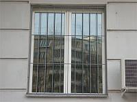 Кованная решетка на окно