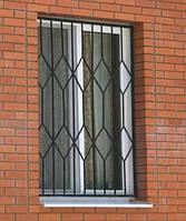 Решетка на окно деревянного дома