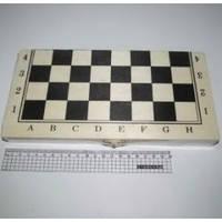 Шахматы в средней деревянной коробке (поле 24 * 24см) арт. G13474-1