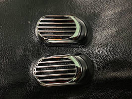 Dacia Logan III 2013↗ рр. Решітка на повторювач `Овал` (2 шт., ABS)