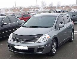 Nissan Tiida 2004-2011 рр. Дефлектор капоту (VIP)