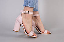 Босоножки женские кожаные пудрового цвета на каблуке