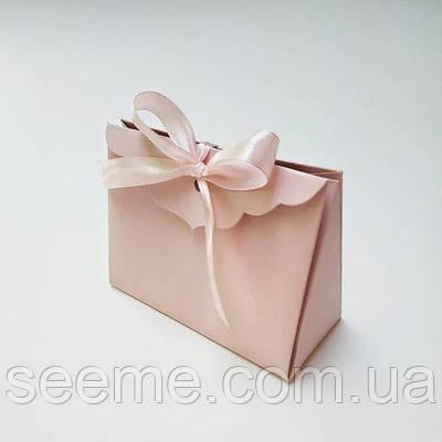 Коробка подарункова 115х50х85 мм