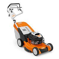 RM 655 VS Бензинова газонокосарка із приводом коліс Vario і гальмівної муфтою ножа