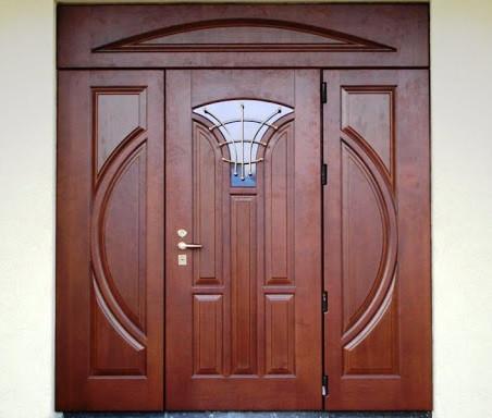 Двери входные из массива Лиственницы