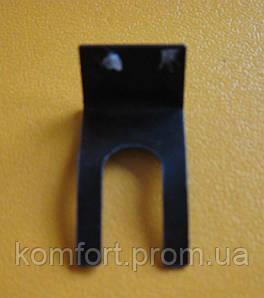 Скоба крепления микропереключателя трехходового клaпaна