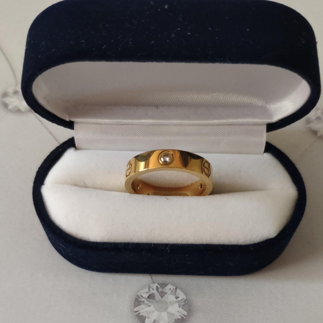 Кільце Cartier 10S, Love, 3 камені, Жовте Золото