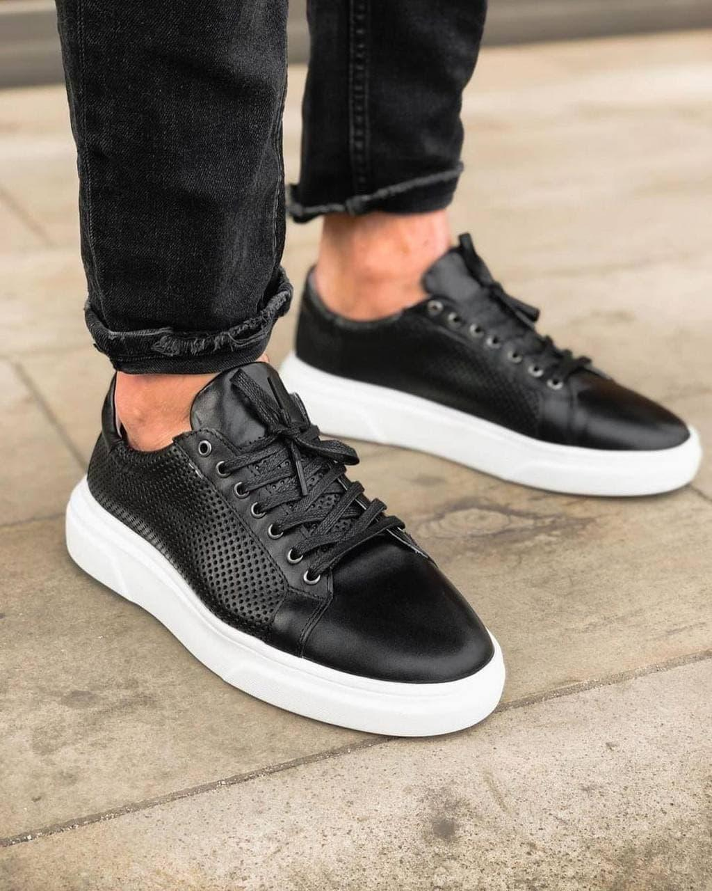 Чоловічі кросівки. Шкіряні кросівки. Натуральне якість.