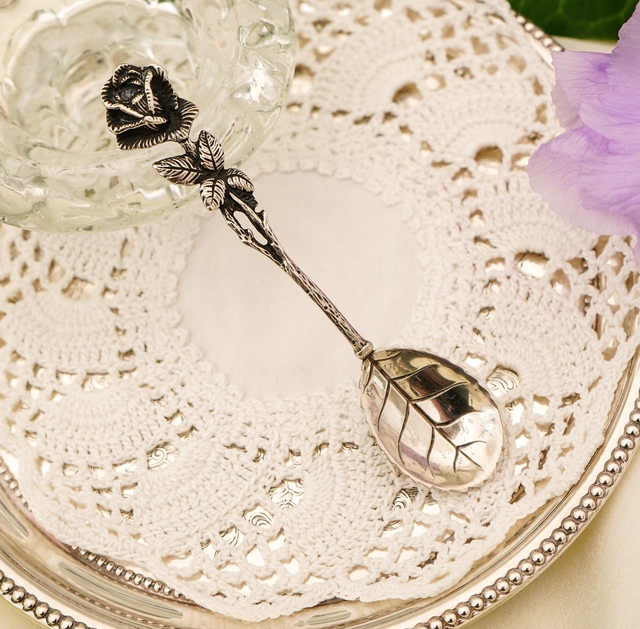 Серебряная ложка для сахара в дизайне Хильдесхаймская Роза, серебро, 800 проба, Германия, Christoph Widmann