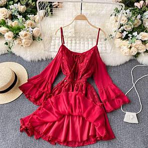 Женское летнее платье в красном цвете