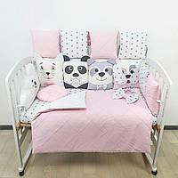 Комплект бортиков и постельного белья в детскую кроватку с игрушками и облаком в  нежно розовых тонах, фото 1