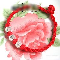 Браслет Красная нить с тремя бусинами, фото 1