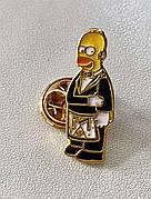 Значек Гомер Симпсон Масон. Пин Гомер Симпсон Масоник. Металлический значек Гомер. Значек Гомер из металла.