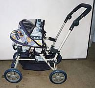 Б/У Прогулочная коляска для ребенка. Легкая детская коляска синего цвета. Коляска для прогулок