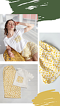 """Женская пижама-тройка из футболки, желтых сатиновых шортов и штанов с маской для сна в подарок """"Бананы"""""""