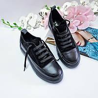 Повседневные женские кеды кроссовки комбинированный верх из кожи и замши на высокой подошве черные, р.36-40