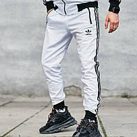 Спортивные штаны в стиле Adidas Originals белые