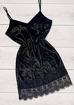 Жіночий велюровий пеньюар - сукня, з ніжним красивим мереживом