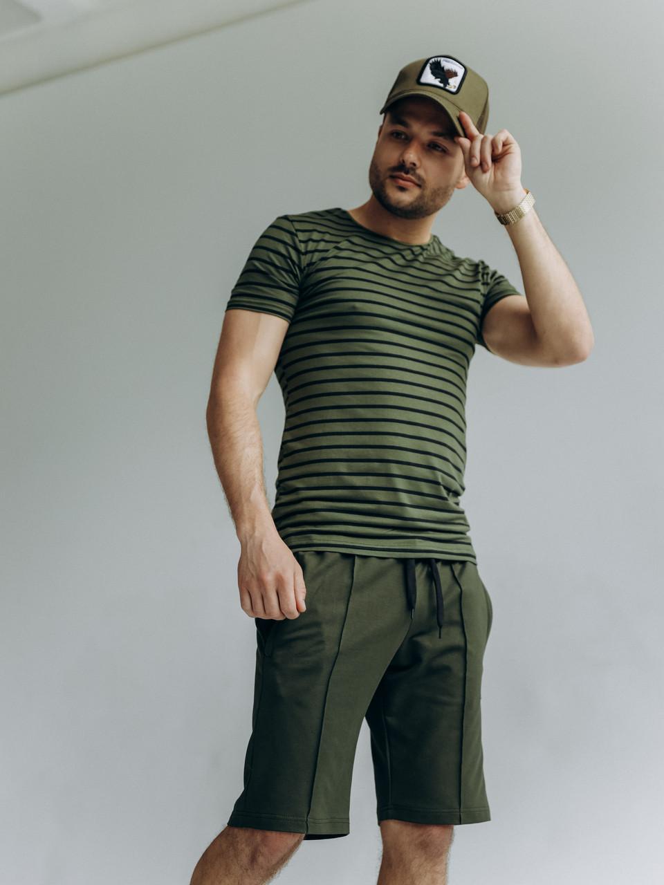 Комплект мужской летний стильный прогулочный в полоску шорты и футболка оливкового цвета