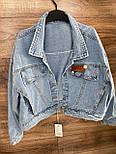 Джинсовая куртка женская укороченная оверсайз размера в голубом цвете (р. 42-46) 8101631, фото 4