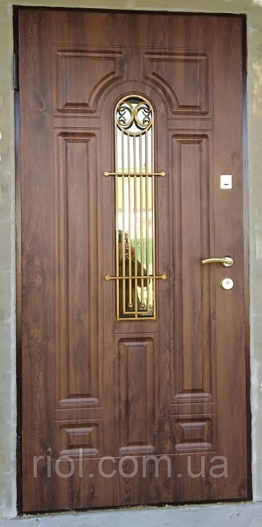 Двері вхідні Лучія зі склом і ковкою серії Комфорт ТМ Каскад