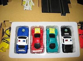 Детский гоночный автотрек Turbo Chargers 2808 AB (235 см) с 2 машинками для детей от 4 лет, фото 2