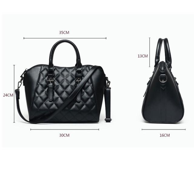 Размеры черной женской сумки через плечо.