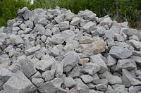 Бутовый камень серый фракция 100*400 мм