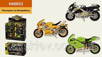 Мотоцикл  HX0032 (18шт 3) батар.,свет,звук,3 цвета,цена за 12шт в дисплей боксе  31*14*27 см, р-р иг