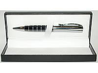 Подарочная ручка в футляре