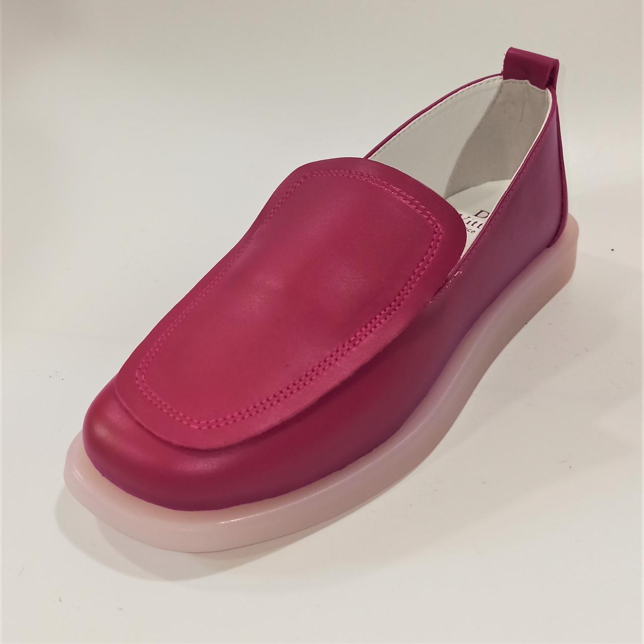 Стильні жіночі червоні туфлі, Dino Vittorio  розмір 36 37 38 39 40