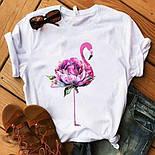 Жіноча біла футболка прямого фасону з малюнком на грудях та подворотами на рукавах (р. 42-56) 2717509, фото 2