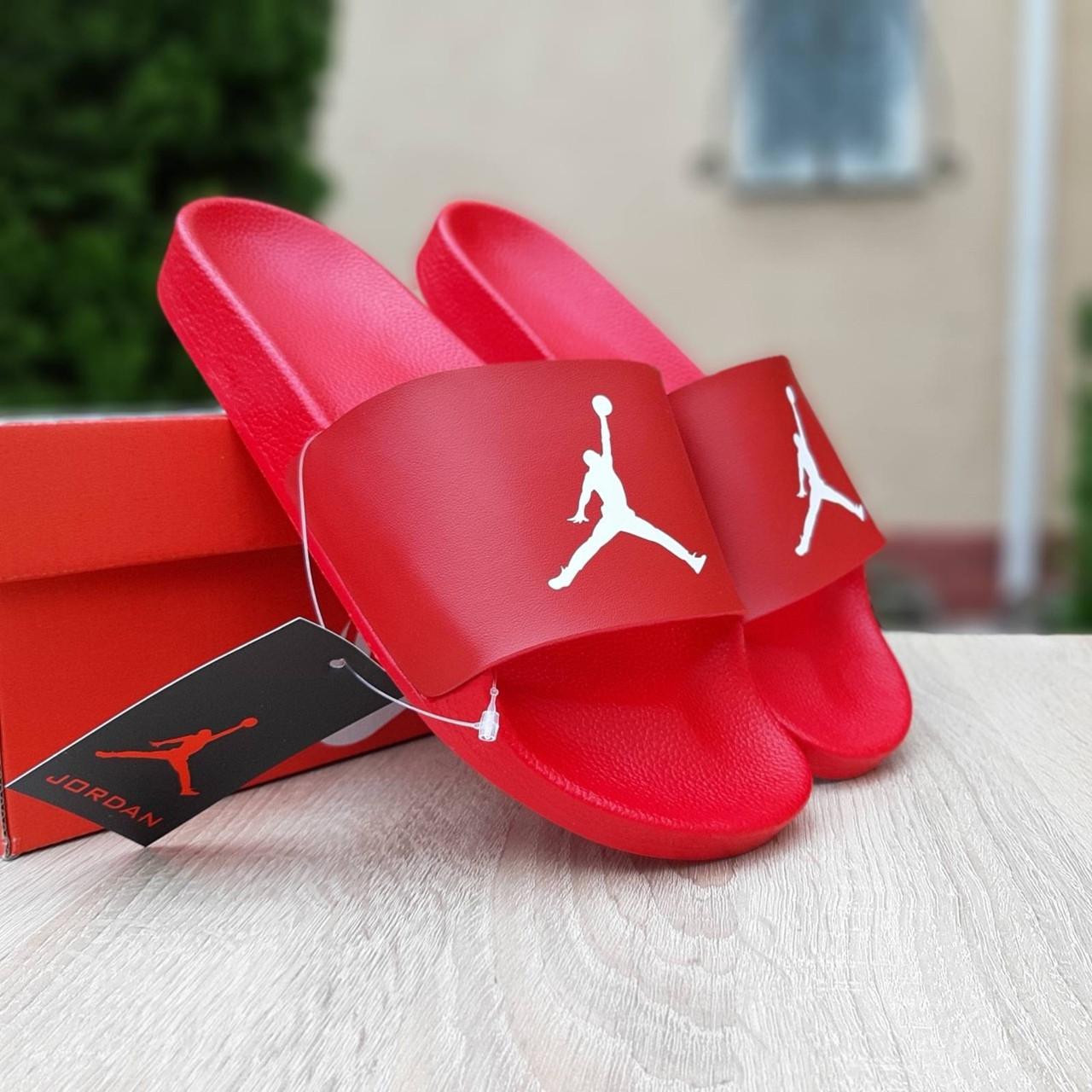 Jordan чоловічі літні шкіряні червоні шльопанці. Літні чоловічі шкіряні шльопанці