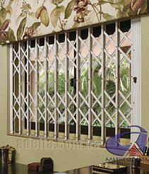 Раздвижные решетки на окна для дома