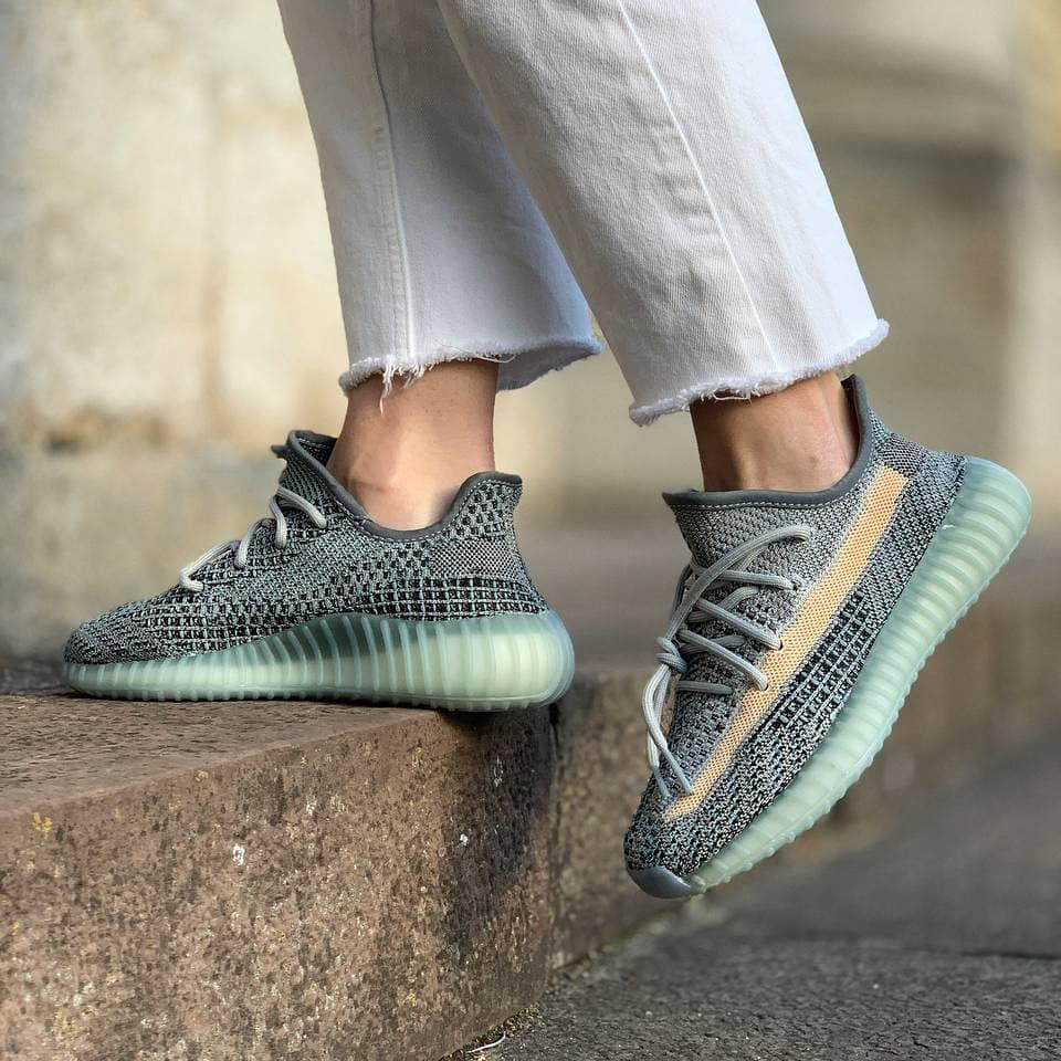 Кроссовки Adidas Yeezy boost 350 v2 Ash Blue