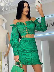Костюм женский прошва зеленый : топ на шнуровке и юбка