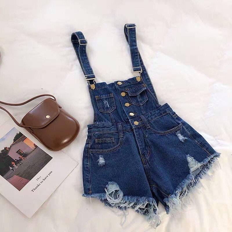 Женский джинсовый комбинезон в синем цвете