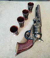Штоф револьвер Кольт - бутылка в виде пистолета + 4 стопки., фото 1