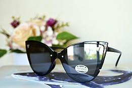 Солнцезащитные черные очки в форме бабочки