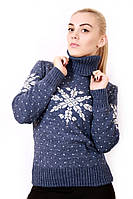 Зимний свитер со снежинками