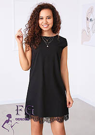 Женское молодежное свободное платье с кружевом
