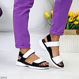 Модельні чорно - білі шкіряні жіночі босоніжки натуральна коду на липучках 36-23см, фото 7